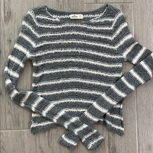 Hollister CS Gray White Striped Sweater